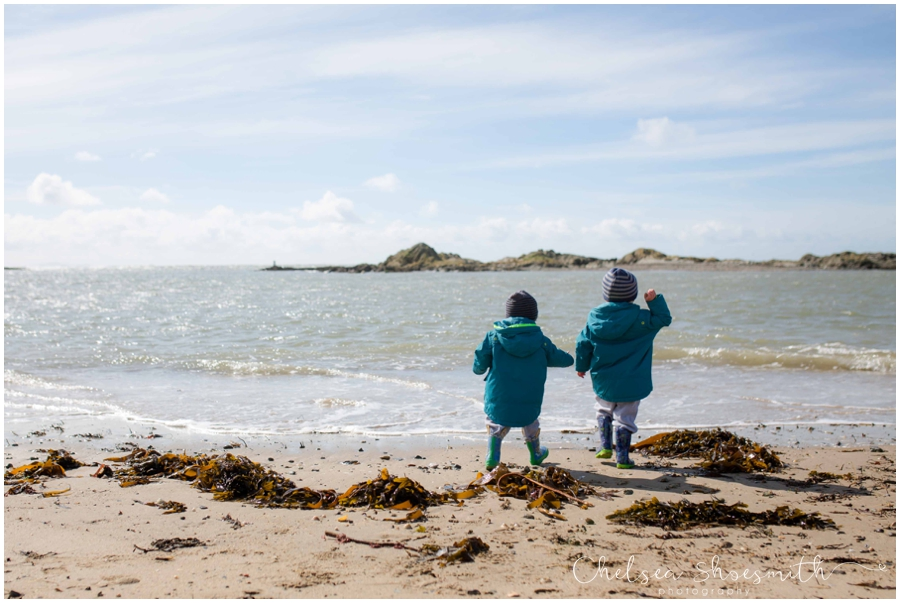 (23 of 71) Rhosneigr Easter 16 chelsea shoesmith photography beach
