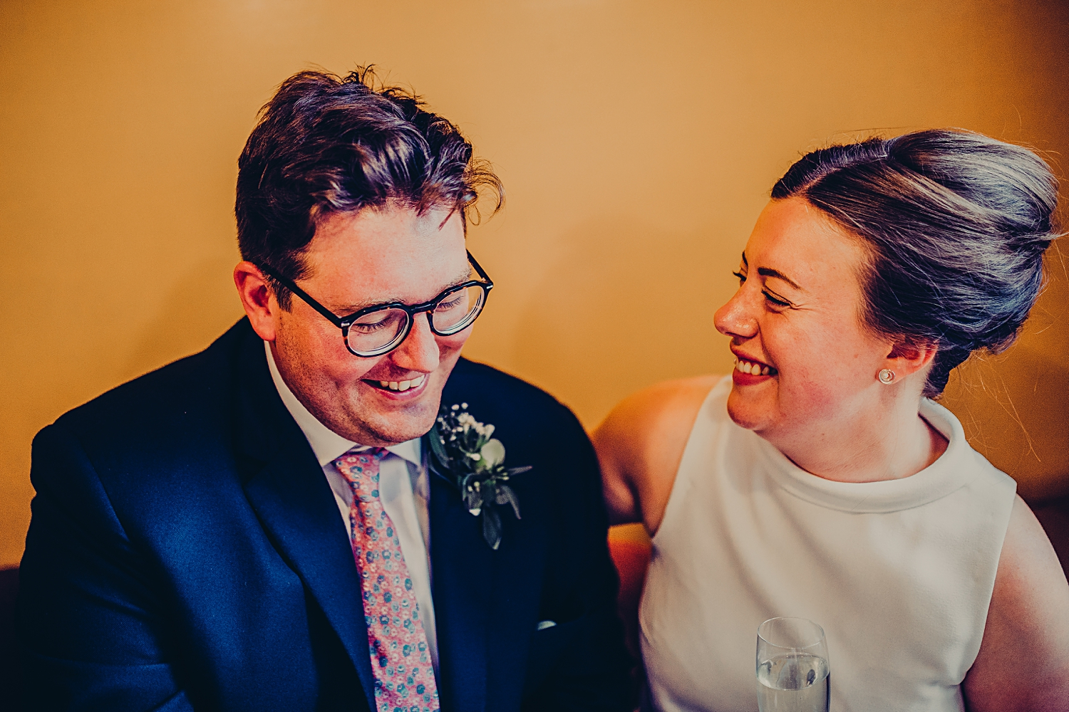 (18 of 20)Manchester natural wedding unposed - CHELSEA SHOESMITH PHOTOGRAPHY