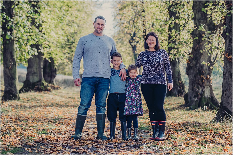 (7 of 48) Alexa Lex Lyme Park Family Portrait - Chelsea Shoesmith Photography_